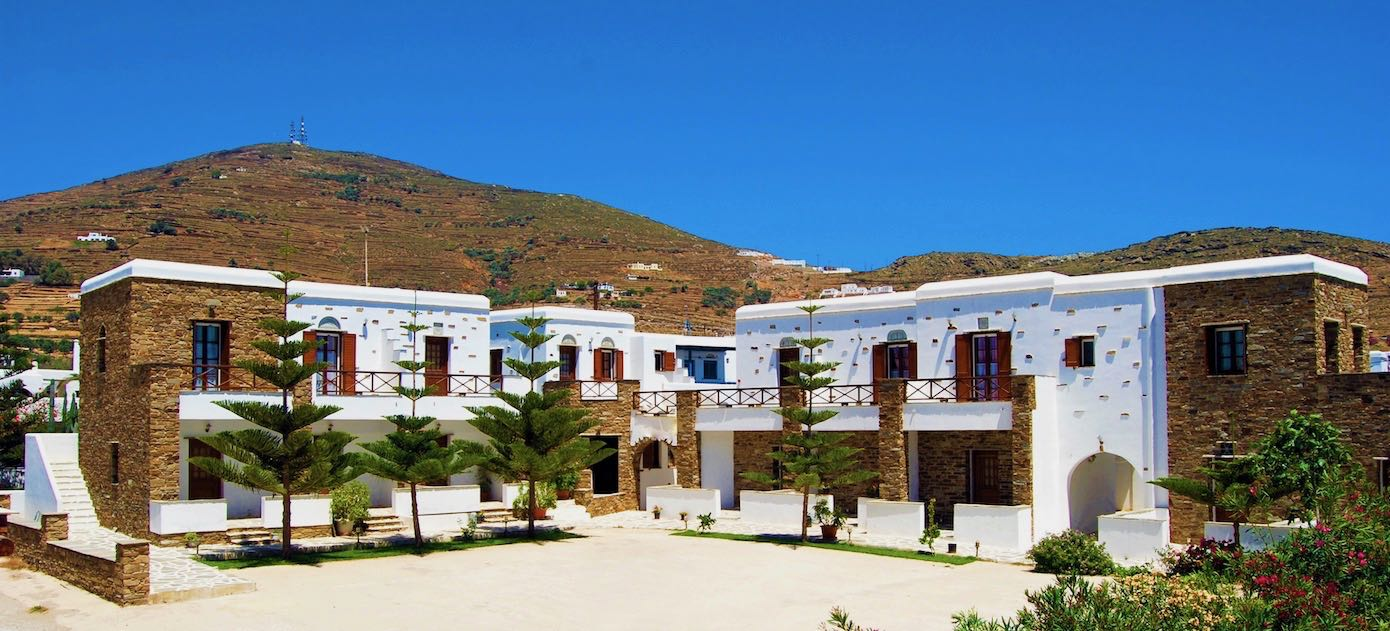 Welcome to Tinos Suites & Apartments